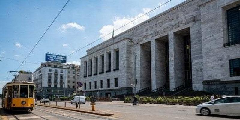 DIAMANTI DA INVESTIMENTO: LA BANCA DEVE RIPAGARE L'AZIENDA