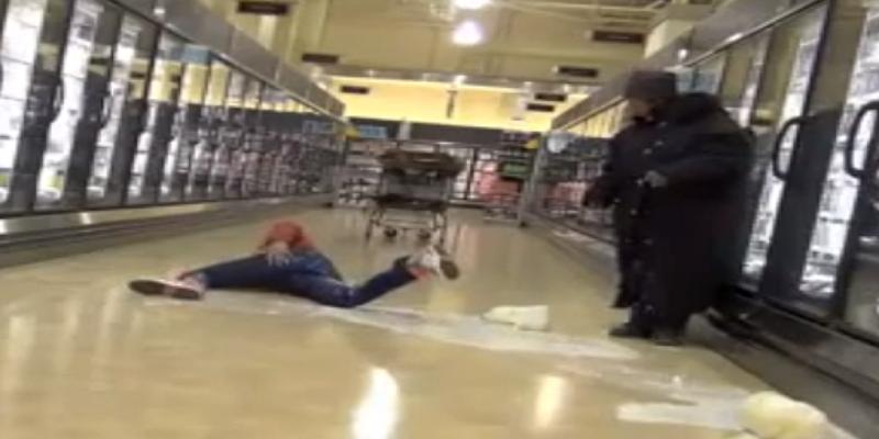caduta supermercato